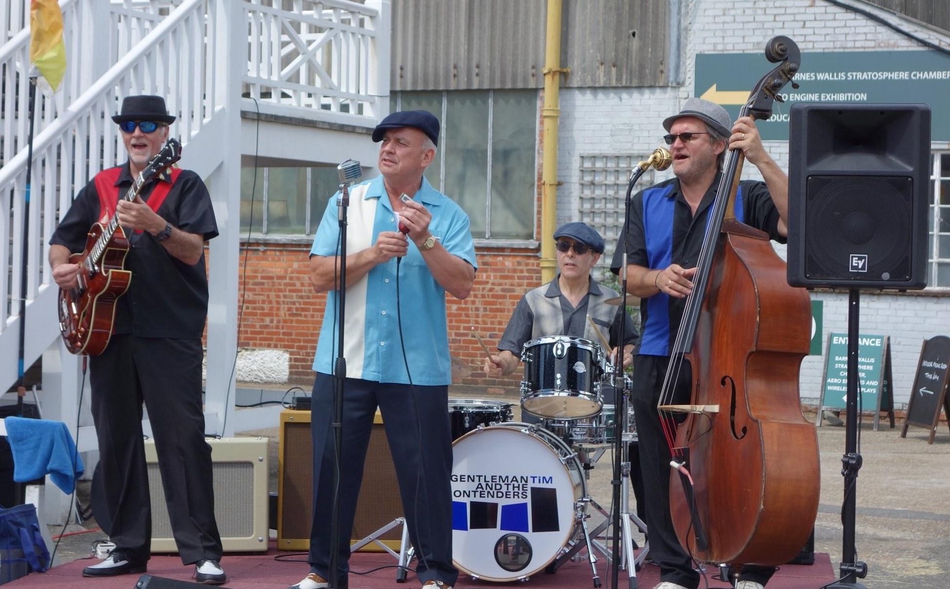 Gentleman Tim & the Contenders - 1950's West Coast & Chicago blues